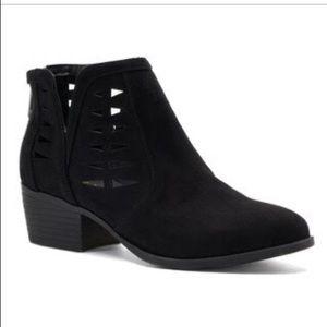 Madden NYC Haldie Cutout Vegan Black Ankle Boots 6